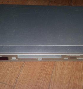 DVD плеер Panasonic dvd S27