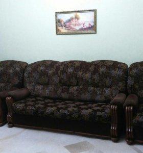 Диван-кровать и 2 кресла