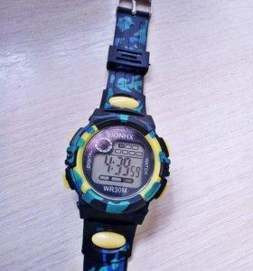 Часы HONHX