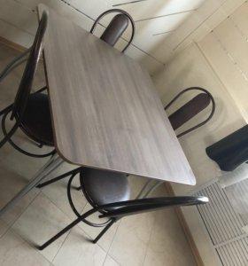 Новые столы и стулья