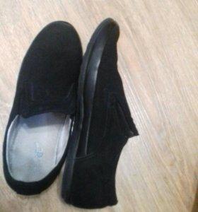 Туфли,Чёрные.