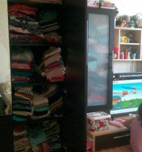 Продам огромное колличество одежды б/у детской