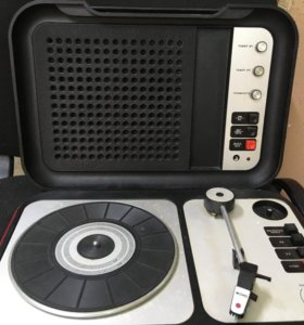 Электрофон «Лидер -205»