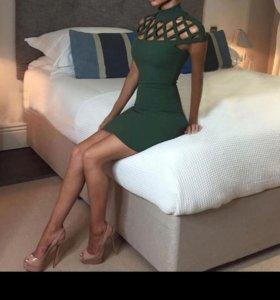 платье, новое 46р. актуально до 26.07.18