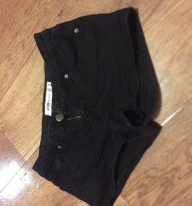 Новые джинсовые 42-44
