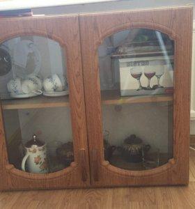 Кухонные шкафы (верхние- навесные) 4 штуки