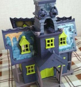 Замок из мультика скубиду