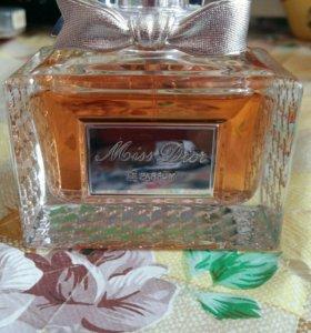 Miss dior le parfum