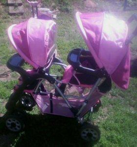 Детская коляска для двойняшек или погодок