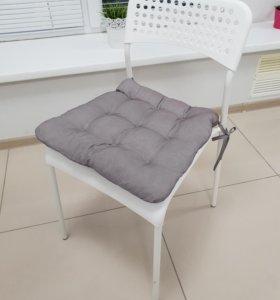 Стул икея с подушкой
