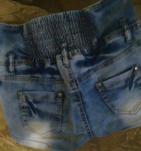 Шорты джинсовые, размер 28 написан
