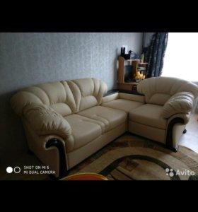 Угловой диван из эко кожи