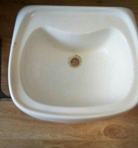 Керамическая раковина