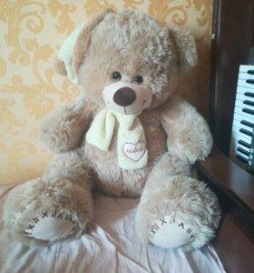 Медведь плюшевый музыкальный