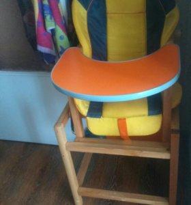 Столик ,стульчик для кормления