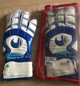 Вратарские перчатки новые