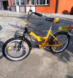 Велосипед для младших школьников