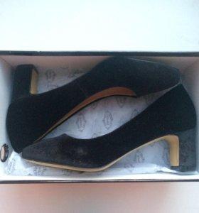 Удобные туфли для офиса
