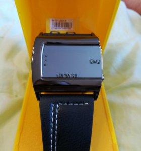 Часы наручные Q&Q M101J501Y