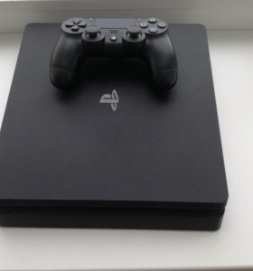 PS4 slim 1Tb ( play station 4)