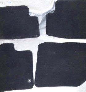 Комплект велюровых ковриков для AUDI Q7