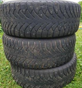 Зимняя резина 3 колеса Nokian Hakka 4 215/60 R16