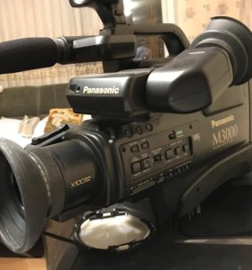 Видеокамера Panasonic nv-m3000