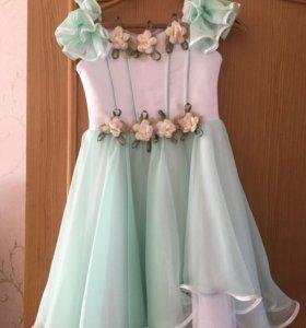 Платье и костюм на девочку