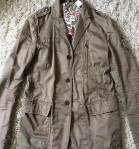Верхняя одежда, куртки