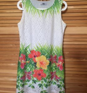 Платье б/у состояние хорошее