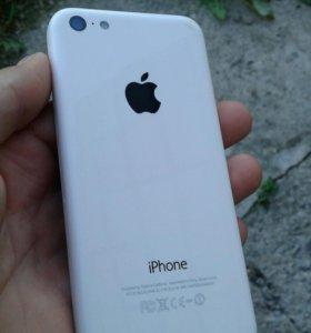 Продам iPhone 5c 32G.