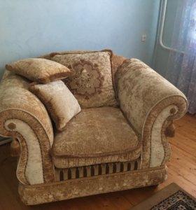 Диван и кресло 2 шт