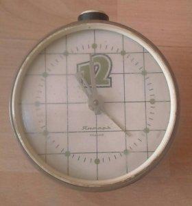 Часы настольные янтарь СССР