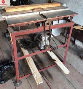 Плотнисткий стол + пилы
