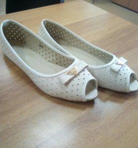 Туфли новые р.39
