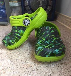 Новые crocs 21 размер с4