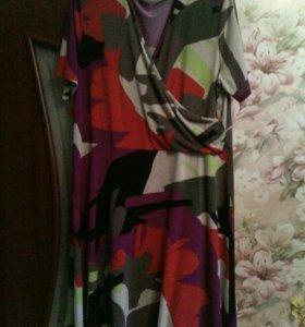 Продам женское платье 52-54размер.