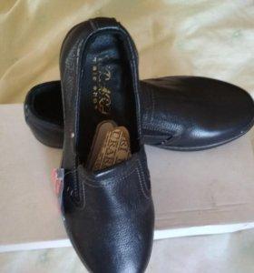 Туфли мужские размер 39 новые