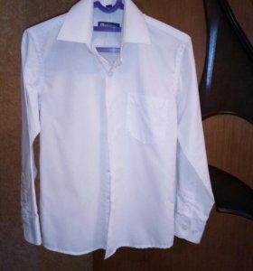 Рубашка новая на мальчика р.30