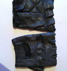 Мото перчатки без пальцев