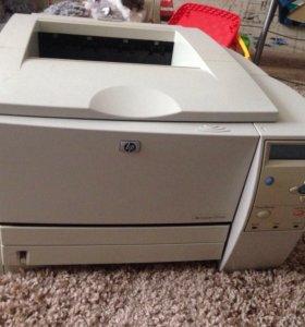 Лазерный принтер HP laserJet 2300dn