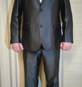 костюм серый с отливом Sarar