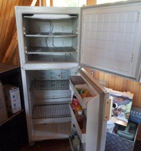 Холодильник Бирюса 22, рабочий