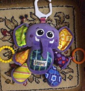Слоник Lamaze на кроватку игрушка