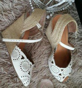 Босоножки/ Летние туфли