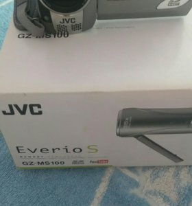Камера JVC Everio S