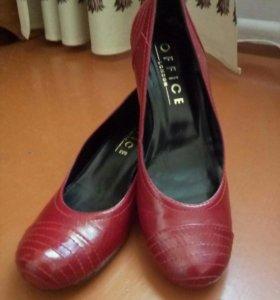 Натуральные кожанные туфли