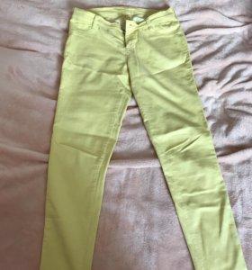 желтые джинсы 11-12лет