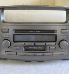 Радио-CD-магнитола Toyota 86120-33440