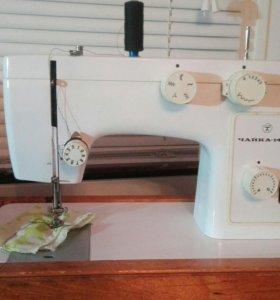 Швейная машинка б/у Чайка-142-М